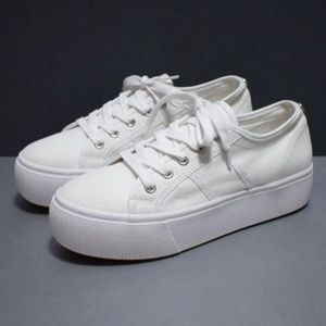Steve Madden Emmi White Canvas Sneakers Size 8M